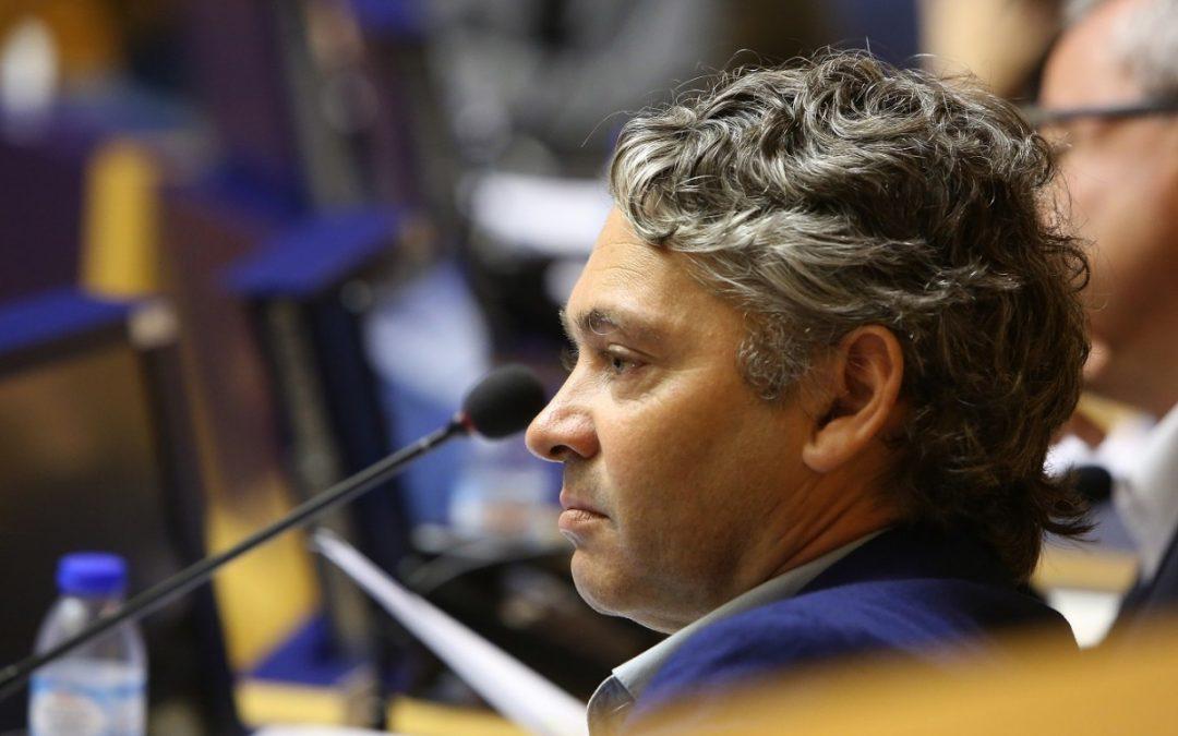 JPP apoia decisão da UE e condena absolutismo de Maduro